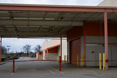store no more (Nicholas Eckhart) Tags: america us usa fortwayne indiana in 2018 retail stores former closed vacant empty abandoned homedepot homeimprovement