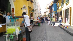 Cartagena (Tomas Belcik) Tags: streetvendorscartagena oldtown streets lanes colonial architecture colonialarchitecture