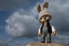 Happy Easter! (fotospoekes) Tags: happy easter ostern osterhase muppets pops mütze ohren fotospoekes bunny lustig humour fun spas humor wolkig