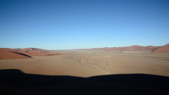Виды с дюны 45 (Oleg Nomad) Tags: африка намибия сафари пустыня песок дюна дэдвлей соссусфлей природа жара africa namibia desert dune sand deadvlei sossusvlei nature travel hot