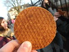 Stroopwafel (marco_albcs) Tags: europe europa netherlands paysbas paísesbaixos holanda evropa brabant noordbrabant hertogenbosch stroopwafel food cookie cooky bolacha