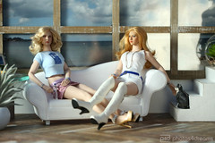 lazy sunday afternoon (photos4dreams) Tags: toy 16 doll celebrity photos4dreams p4d photos4dreamz amanda phicen puppe seamless blonde blond female spielzeug tabletopphotography canoneos5dmark3 canoneos5dmarkiii diorama tabletop photography sixthscale boots overknees stiefel white weis sexy weiblich girl woman bondgirl silicone silikon biegsam bendable move wheat skin smooth photos photo kirstendunst charlizetheron