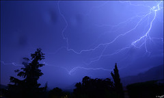 Cazando rayos! (Borja BMA) Tags: storm tormenta sky rayo night