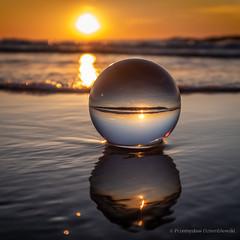 Potrójny zachód słońca :-) (fotodcpl) Tags: sunset zachodslonca zachódsłońca beach plaża landscape landscapephotography sea morze bałtyk dusk kula ball photography photo naturephotography naturelovers natureshooters glassball glassballphotography