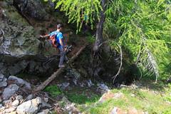 Il Passaggio Segreto (Roveclimb) Tags: montagna mountain alps alpi muncech escursionismo hiking trekking casenda paiedo berlinghera zania forcelladellazania valmilano altolario valchiavenna sorico forest foresta wood bosco nature natura