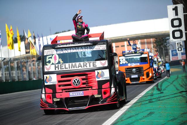 25/05/18 - Desfile dos pilotos da Copa Truck em Interlagos - Fotos: Duda Bairros e Vanderley Soares