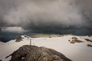 Nahendes Gewitter am Dachstein-Plateau, 2.700 m