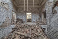 (Kollaps3n) Tags: abandoned decay urbex urbanexploration abandonedplaces abbandono nikon