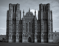 Wells Cathedral (shawn~white) Tags: building cathedral england fujifilmxt10 greatbritain historic shawnwhite somerset uk wells awe confidence conviction idyllic monochrome nostalgia spiritual strength vintage unitedkingdom gb