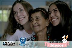 06-04---Pascoa-dos-idosos---IMG_8188 (#OdontoFAESA) Tags: guardiões guardião sorriso páscoa idosos asilo visita chocolate ensino educação estudo aprendizagem vida atividade coração azul faesa odonto otonologia 20anos odonto20anos graduação superior experiência pesquisa dente odontologia odontofaesa