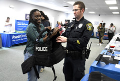 CareerFair-SO-041318_3422 (newspaper_guy Mike Orazzi) Tags: police jobfair economy gdp 18140mmf3556g nikon d500 lincolncollege southington college education
