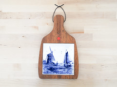 Dutch Cutting Board (.godo) Tags: etsy vintage kitchen cuttingboard homedecor delftsblauw delftware blauwdelft bluewillow elesva blue white diningroom dutch holland windmill pirate ship porcelain ceramic china wood wooden pottery tile shabbychic trivet sail nautical wallhanging chinoiserie cobalt ware