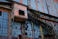 Belgium, Beringen (ClaDae) Tags: belgium belgique belgië beringen coalmines mines building architecture colors old metal windows glass industry abandon closed week152018 52weeksin2018 week15theme urbexabandondedforgottenfrozenintimeurbanexploration