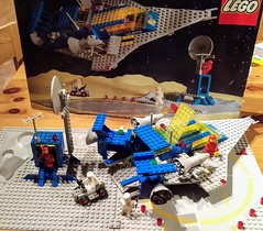 Birthday Present (LostCarPark) Tags: classicspace 928 galaxyexplorer lego clas