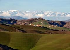 Toscane (Jolivillage) Tags: jolivillage paesaggio landscape sienne siena toscane tuscany toscana italie italia italy europe europa montagna mountain fabuleuse