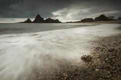 La fortaleza del alma (Giacomo della Sera) Tags: paisaje landscape light libertad alma soul photography fotografia beach playa rock roca rocas spain españa