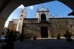XE3F8802 (Enrique R G) Tags: concatedral stamaría santamaría church santamaria plaza españa plazadeespaña mérida merida extremadura spain fujixe3 fujinon1024 iglesiadestamaría
