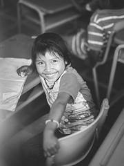 Ecoliere Wayuu (The French Travel Photographer) Tags: 7portraits ameriquelatine colombie regarderme portrait 11moissurlaroutefbookpage ecole wayuupeuple flickrcomsebmar instasebas enfant ©sébmar guajira americalatina etapedelavie latinamerica personne laguajira co