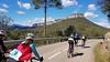 El plaer de pedalar. (josepponsibusquet.) Tags: bicicleta esport ciclisme labarroca muntanya montaña gironès santmartídellémena catalunya catalonia cataluña pedalar plaer natura naturaleza matinal sobrerodes esportistes
