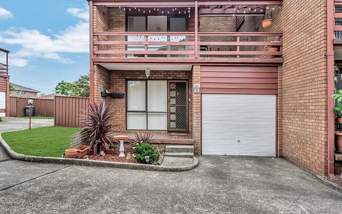 4/3 Daru Pl, Glenfield NSW 2167