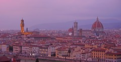 Sunset - Florence (cpcmollet) Tags: italia italy europe europa duomo city urban firenze florence sunset colour beauty panorama sky vista ciudad colina torre nikon arquitectura architecture piazzale michelangelo crépuscule dämmerung