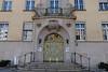 Herrschaftliches Portal (Sockenhummel) Tags: berufsgenossenschaft bundesallee eingang tür fuji x30 portal tor gebäude building architektur architecture entrance berlin