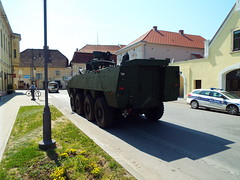 Croatian Military (sean and nina) Tags: army military armed forces eu europe european nato petrinja croatia croatian hrvatska green soldiers vehicles display exhibition recruitment main square town may spring 2018 public candid open street weapons personnel guns tanks armour armoured carriers outdoor outside apc mortars rounds ammunition khaki jeep machine gun automatic gpmg convoy driving road traffic police policia policija polizei cops cop vehicle car blue lights liveried