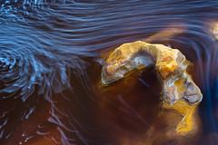 Brainstorming (Antonio_Luis) Tags: rio tinto huelva agua espuma roca quimico larga exposición naturaleza natural abstracto mina