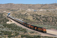 BNSF Hill 582 (Mark Vogel) Tags: railroad railway train chemindefer bnsf california cajonpass