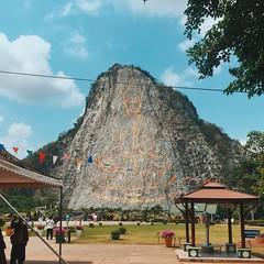 Hillside Buddha, Khao Chi Chan, Pattaya, Thailand. (bwaters23) Tags: buddha pattaya hillside thailand khaochichan