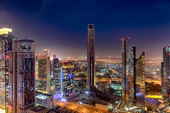Dubai Skyline Sunset (Siebring Photo Art) Tags: centralparktower dubai dubaiskyline emirates shangrila sheikhzayedmosque uae lighttrails rooftop skyline sunset verenigdearabischeemiraten ae