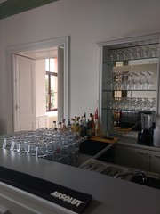 "Schloss Wachendorf  Hochzeit mobile Cocktailbar  Barkeeper Catering Service • <a style=""font-size:0.8em;"" href=""http://www.flickr.com/photos/69233503@N08/40757601304/"" target=""_blank"">View on Flickr</a>"