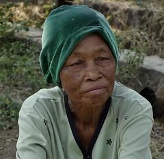 "INDONESIEN, Java, Besuch im Dorf Somokerto, old lady, 17300/9842 (roba66) Tags: reisen travel explorevoyages urlaub visit roba66 asien südostasien asia eartasia ""southeastasia"" indonesien indonesia ""republikindonesien"" ""republicofindonesia"" indonesiearchipelago inselstaat java menschen people leute frau woman portrait femme lady portraiture"