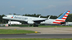N176AA (AnDyMHoLdEn) Tags: americanairlines 757 oneworld egcc airport manchester manchesterairport 23r