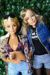 Celebrating selfie (FreeRangeBarbie) Tags: antiope wonderwoman madetomove barbie fashiondoll diorama curvybarbie