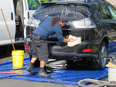 20180420 Car Washer (Dolores.G) Tags: werehere workinghardforaliving 365the2018edition 3652018 day110365 20apr18