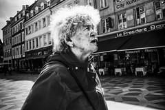Images on the run... (Sean Bodin images) Tags: streetphotography streetlife streetportrait seanbodin reportage everydaylife enhyldesttilhverdagen hverdagsliv gadefotografi copenhagen citylife candid city citypeople københavn voreskbh visitcopenhagen visitdenmark mitkbh denmark documentery documentary delditkbh