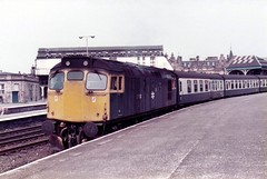 27010 Perth (dhtulyar) Tags: teacup tiptop 27 sulzer mcrat 27010 dundee perth glasgow