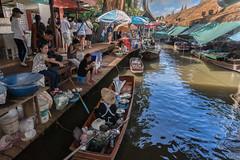Bangkok Floating Market (Thaiexpat) Tags: bangkok floatingmarket market boat water people oar sony 18mm thailand