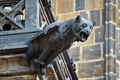 Gargoyles - 66 (fotomänni) Tags: prag praha prague veitsdom gargoyles gargouille wasserspeier skulptur skulpturen sculpture kunst manfredweis