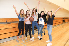 PZ20180402-026.jpg (Menlo Photo Bank) Tags: 2018 spring formalgroupphoto middleschool menloschool staff athleticcenter communityservice smallgroup girls people game basketball photobypetezivkov atherton ca usa us