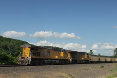 57370 (richiekennedy56) Tags: unionpacific es44ac ac44cw up8176 up6213 kansas wyandottecountyks bonnersprings sunflower railphotos unitedstates usa