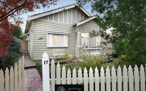 17 Monash Av, Thornbury VIC 3071