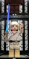 Luke Skywalker (Berliner1963) Tags: lego lichtschwert laserschwert kriegdersterne starwars sciencefiction lukeskywalker spielwaren kaufhof mitte berlinmitte berlin germany deutschland