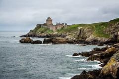 Fort La Latte (yvon.kerdavid) Tags: château rochers côtesdarmor côte manche mer bretagne fort