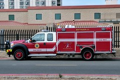 US Navy Fire Dept. (So Cal Metro) Tags: fire firetruck firedept fireengine truck rescue sandiego coronado pumper ford f550 usnavy navy navalbase fseries