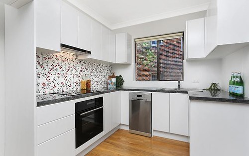 2/6 Queens Rd, Westmead NSW 2145