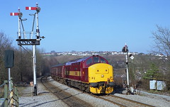 37408 Ystrad Mynach (NB Railways) Tags: ystradmynach wales class37 englishelectric 37408 lochrannoch ee passengertrain