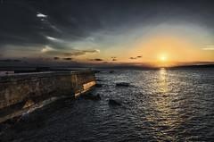 Isla del amor - Love island (jmpastorg) Tags: atardecer puestadesol ocaso anochecer sunset sun sol mediterranean mediterraneo tabarca isla españa spain alicante 1750 nikon
