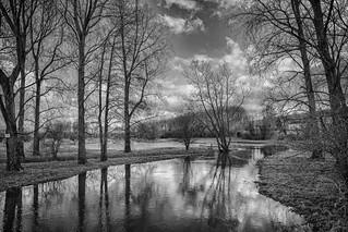 when a river becomes a lake ...